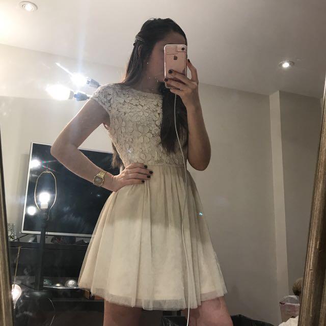 FOREVER 21 | Off-white dress