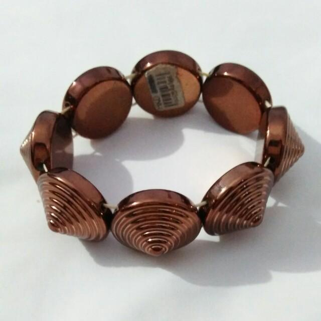 Gold Cleopatra bracelet