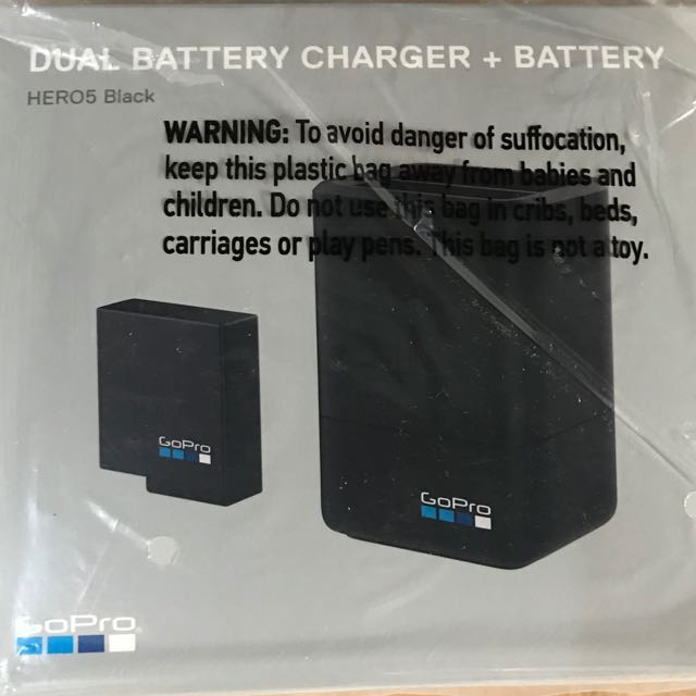 GoPro Dual Battery Charger + Battery for Hero 5 or 6 (ORIGINAL)