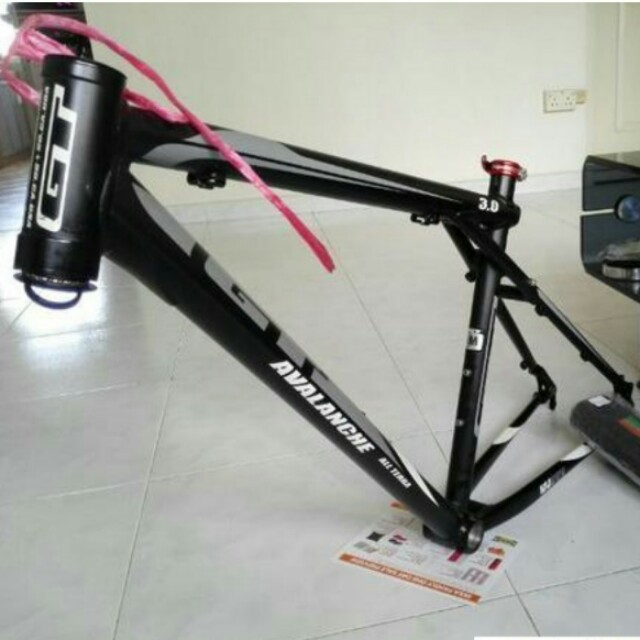 GT Avalanche 3.0 hardtail frame, Bicycles & PMDs, Bicycles on Carousell