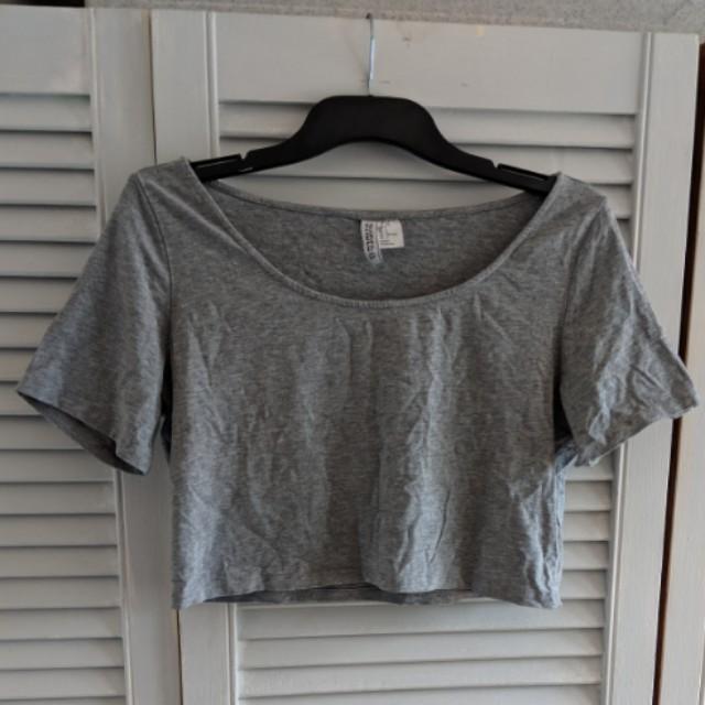 H&M grey crop top sL