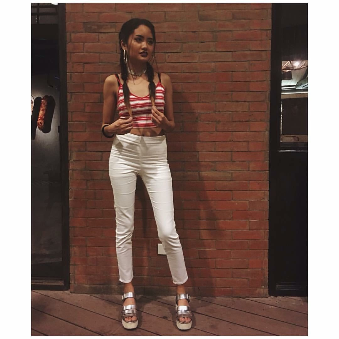 H&M High Waist Fitted White Jeans
