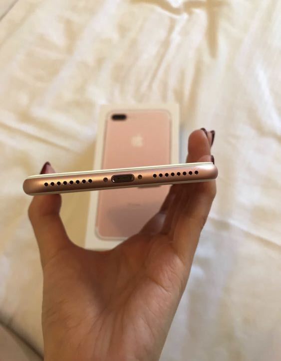 Iphone 7+ 128gb (Perfect Condition)