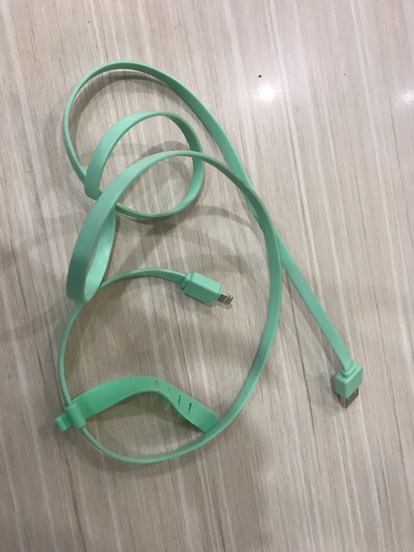 Kabel charger iphone tosca