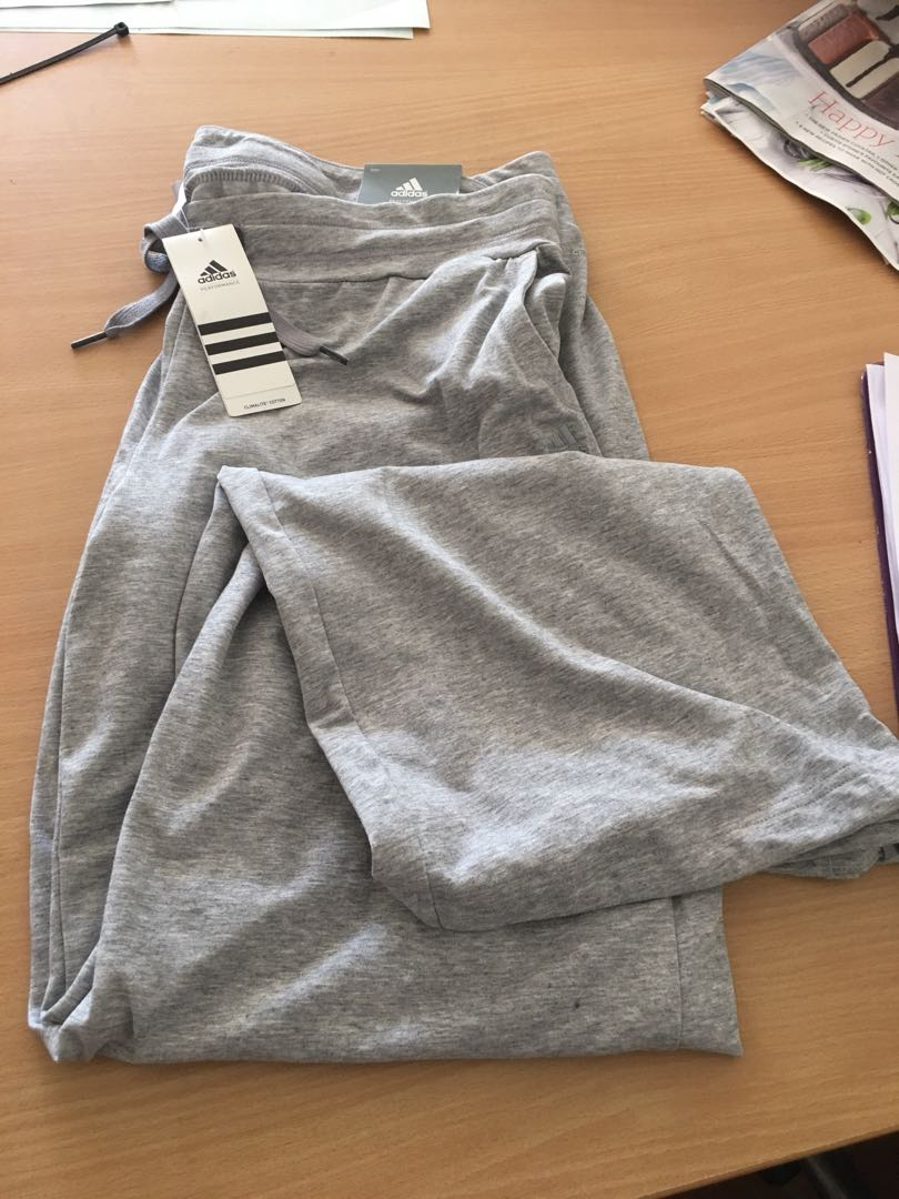 Large trackie Bnwt