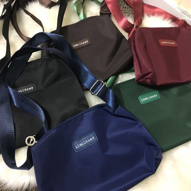 Longchamp slingbag