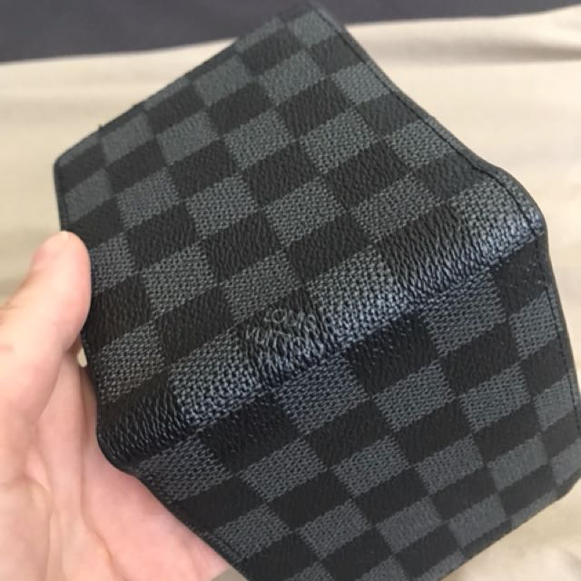 LOUIS VUITTON MENS WALLET