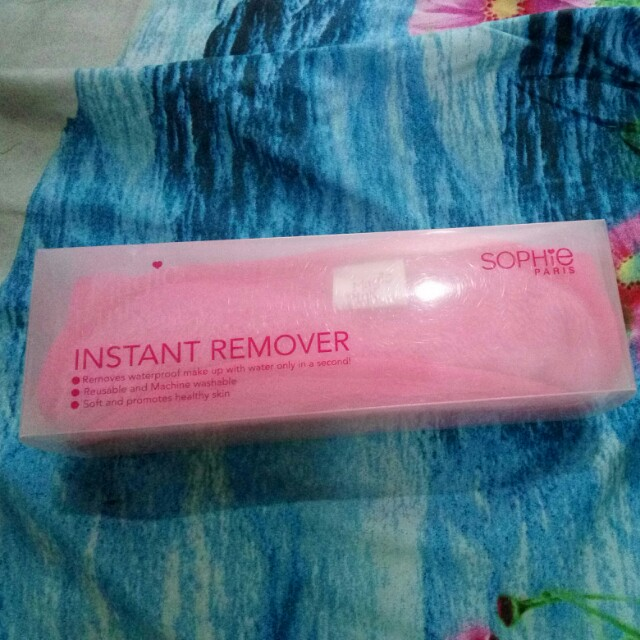 Magic pink instant remover