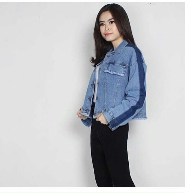NEW JEANS JAKET CROP