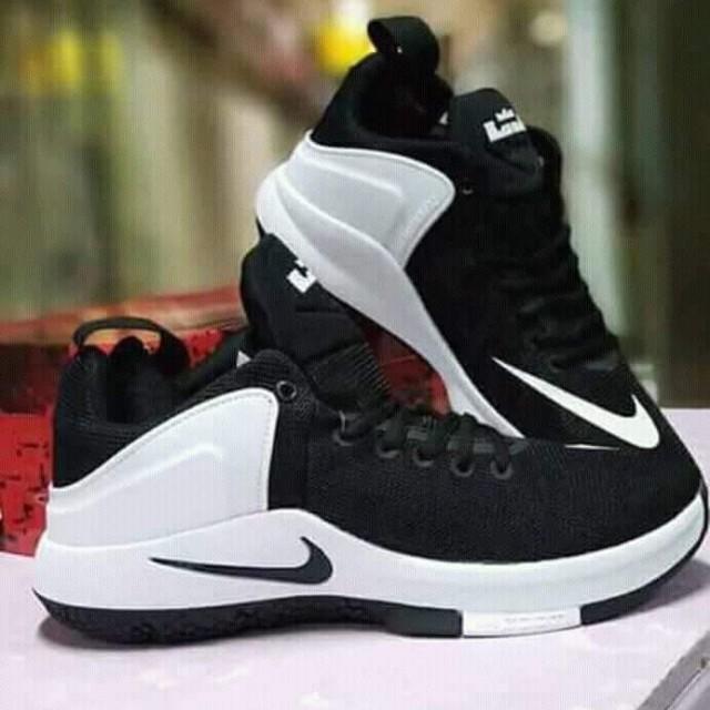Nike zoom lebron witness