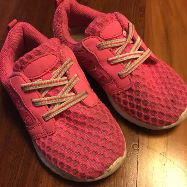 Pink sport shoes size 27