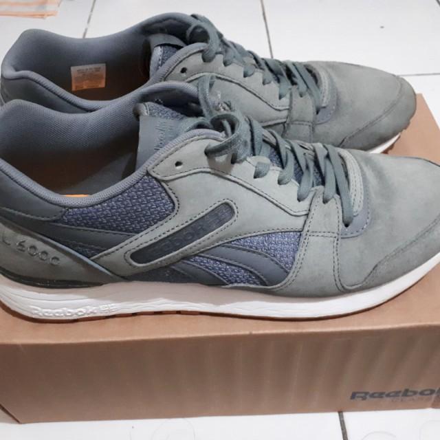 Sepatu reebok classic 45