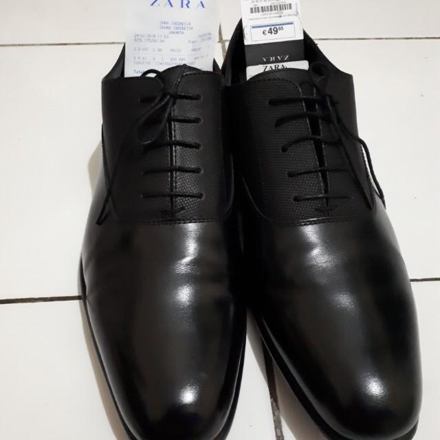 Sepatu ZARA 45