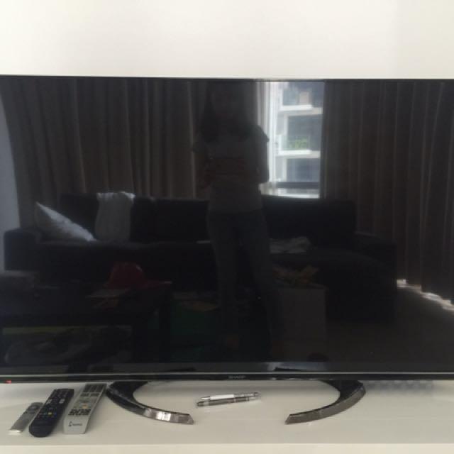 sharp 55 Inch TV