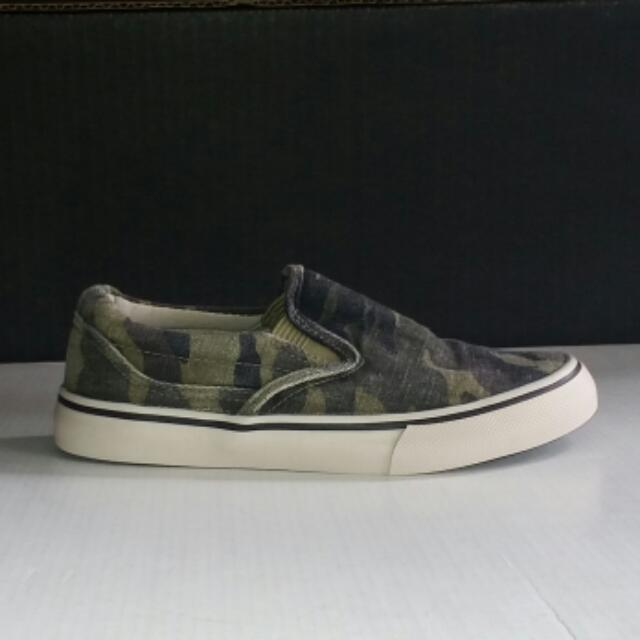 Smart Fit - Payless Camo Slip On Sneakers / Shoes For Kids Size US 1