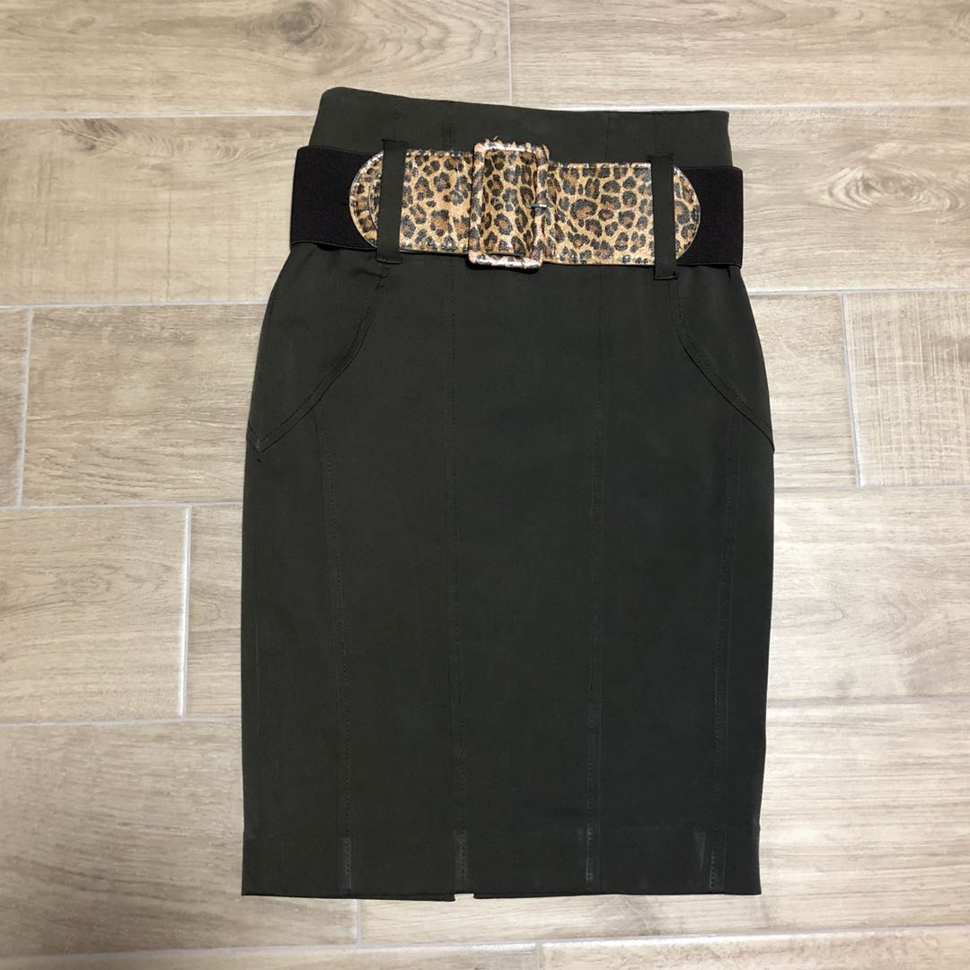 bee1f8e7e0 Sz UK 6 river island brown leopard print belted midi work skirt, Women's  Fashion, Clothes, Dresses & Skirts on Carousell