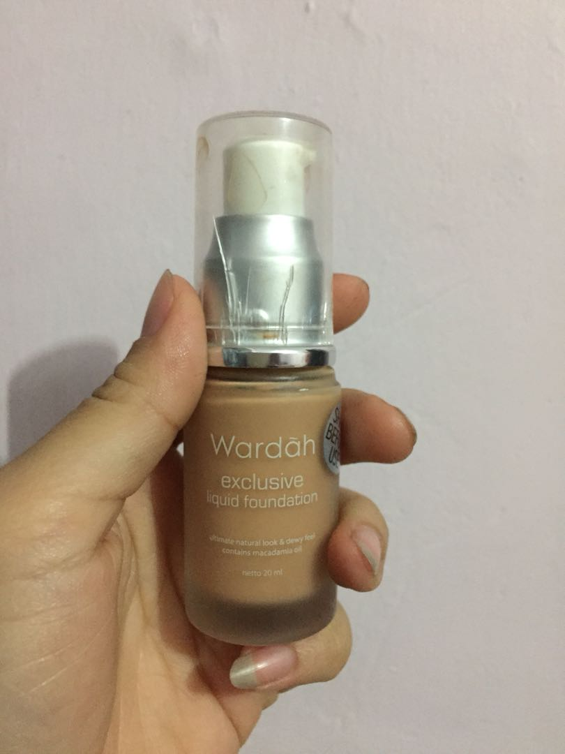 Wardah Exclusive Cream Matte