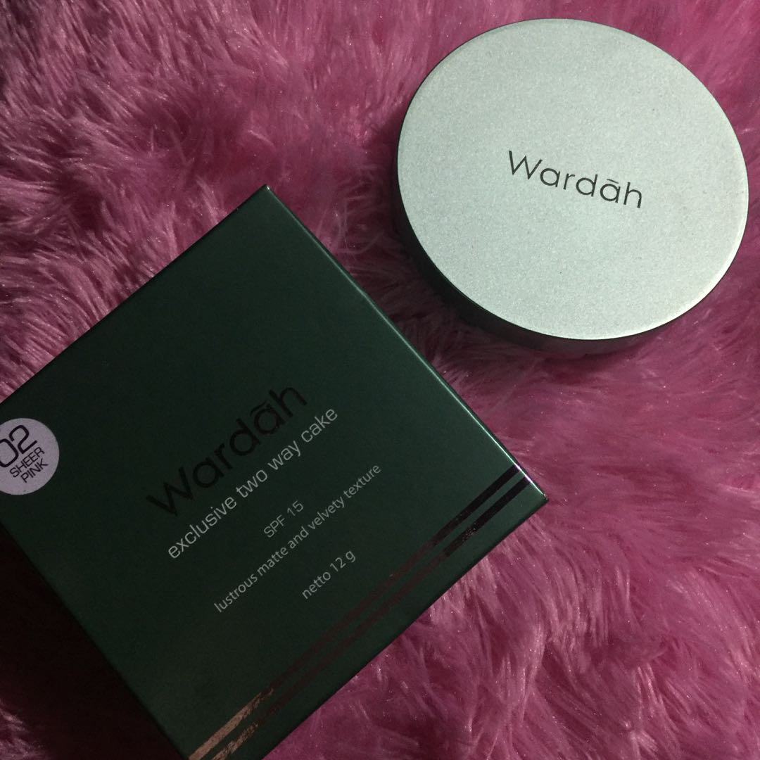 Wardah exclusive two way cake spf15 lustrous matte and velvety texture 12g 02 Sheer pink