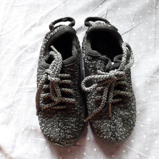 brand new 7c0bd b0c4f Yeezy Inspired Baby Shoes on Carousell