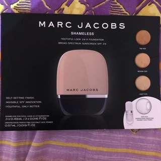 Marc Jacobs Shameless Foundation with Primer