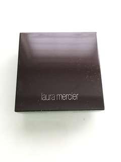 Laura Mercier Matte Radiance Baked Powder Highlight 01