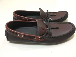 LV men loafers size 8.5 / 42.5