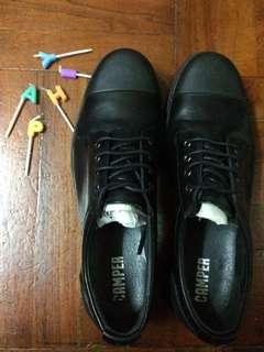 Camper❣️黑色厚底皮鞋