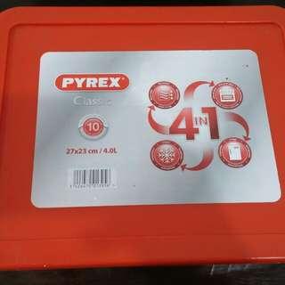 Pyrex 4L
