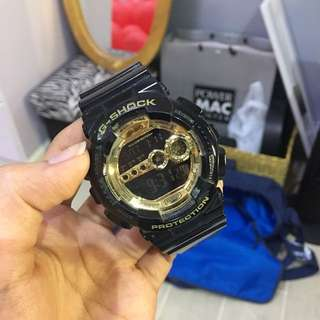 Original G-SHOCK (Black and Gold)