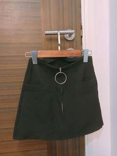 Black Skirt with Ring