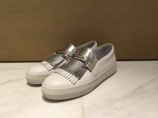 TOD'S Slip On in leather 平底鞋 懶人鞋