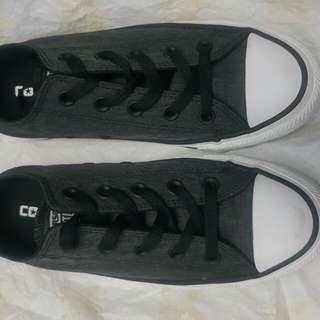 Converse Shiny Black Size 6