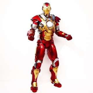 Hottoys Ironman Mark XVII Heartbreaker