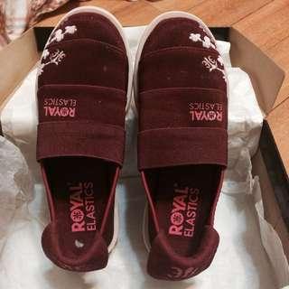 🚚 Royal Elastics 暗紅 女休閒鞋 全新 UK4 EUR37 23.5cm