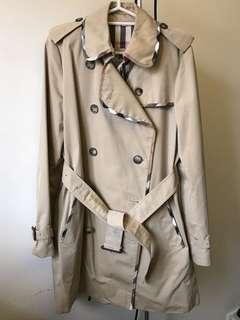 Burberry Trench Coat,英國🇬🇧製造,中碼,90%新