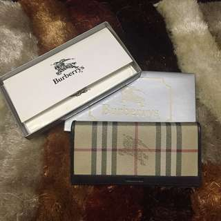 Authentic Burberry waller