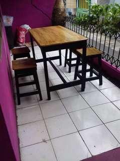 Meja kayu jati belanda
