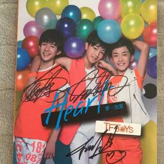 正版TFBOYS专辑亲笔签名 Heart 梦出发 CD+海报+签名照片
