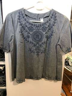 Old Navy Embroidered Blouse - Preloved, Excellent