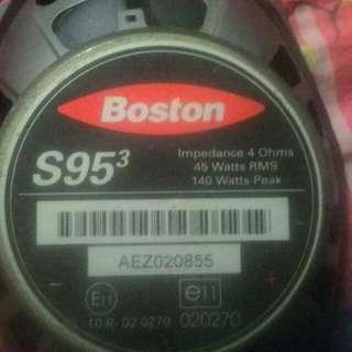 speker kereta Boston