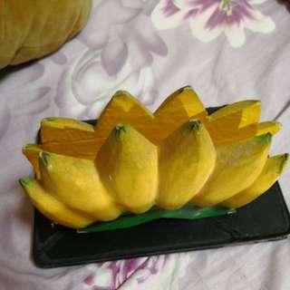 Banana letter or name card holder