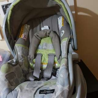 Graco Snugride Click Connect Car Seat for sale!