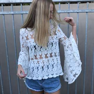 BACKSTAGE OFF SHOULDER TOP