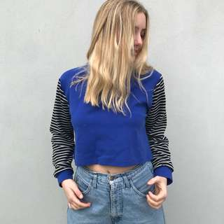 RETRO BLUE SWEATER