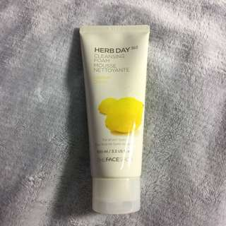 🍋 Herb Day 365 Cleansing Foam Mousse Nettoyante Lemon Citron