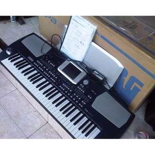 Keyboard Korg Pa 500