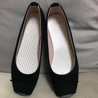 全新黑色芭蕾舞鞋款 平底鞋