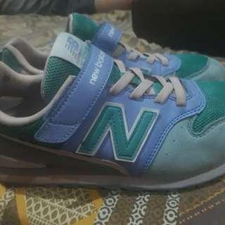 New Balance 994 Wide