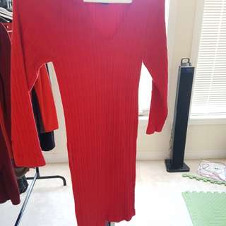 Knitwear lookalike red dress