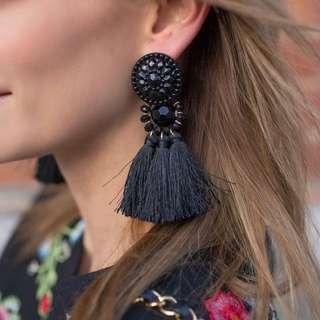 正品 H&M burgundy earrings with tassels 黑流蘇耳環